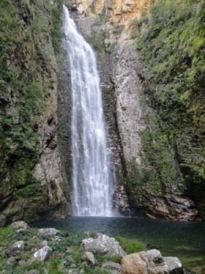 cachoeira-do-segredo-chapada-veadeiros