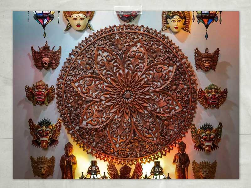 Mandala-decoração-máscaras-divindades