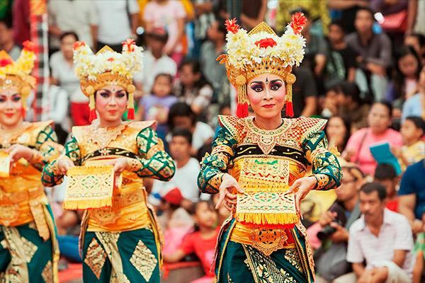 Dança-Tradicional-Bali-Lelong-Representação-Feminina