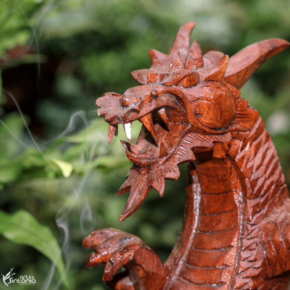 escultura-bali-decorativa-dragão-artesanal-sabedoria-divino