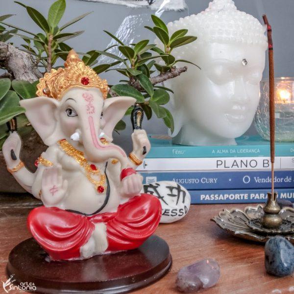 estátua-proteção-deus-ganesha-om-símbolo
