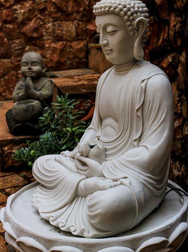 fonte-decorativa-jardim-divindade-buda