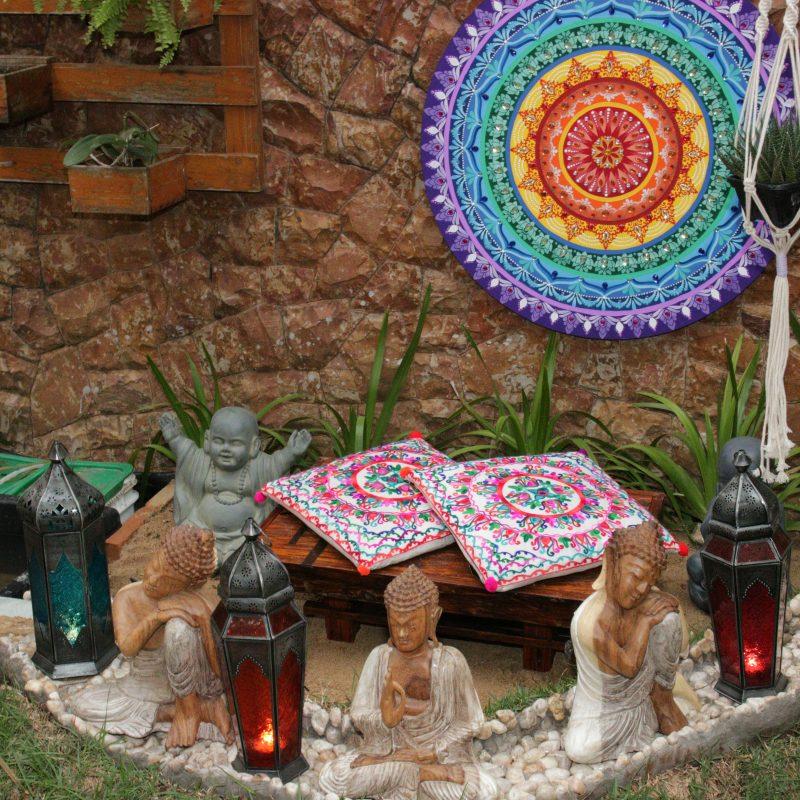 móvel-mesa-em-madeira-decoração-acolhedora-feng-shui