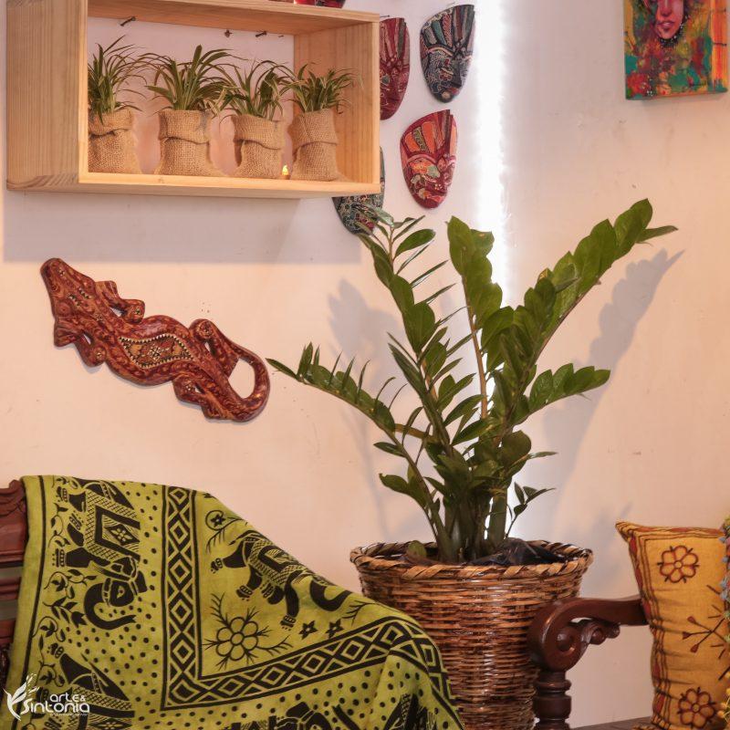 escultura-em-madeira-gecko-decoração-paredes