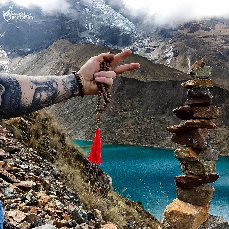 arte-zen-empilhamento-pedras-meditacao