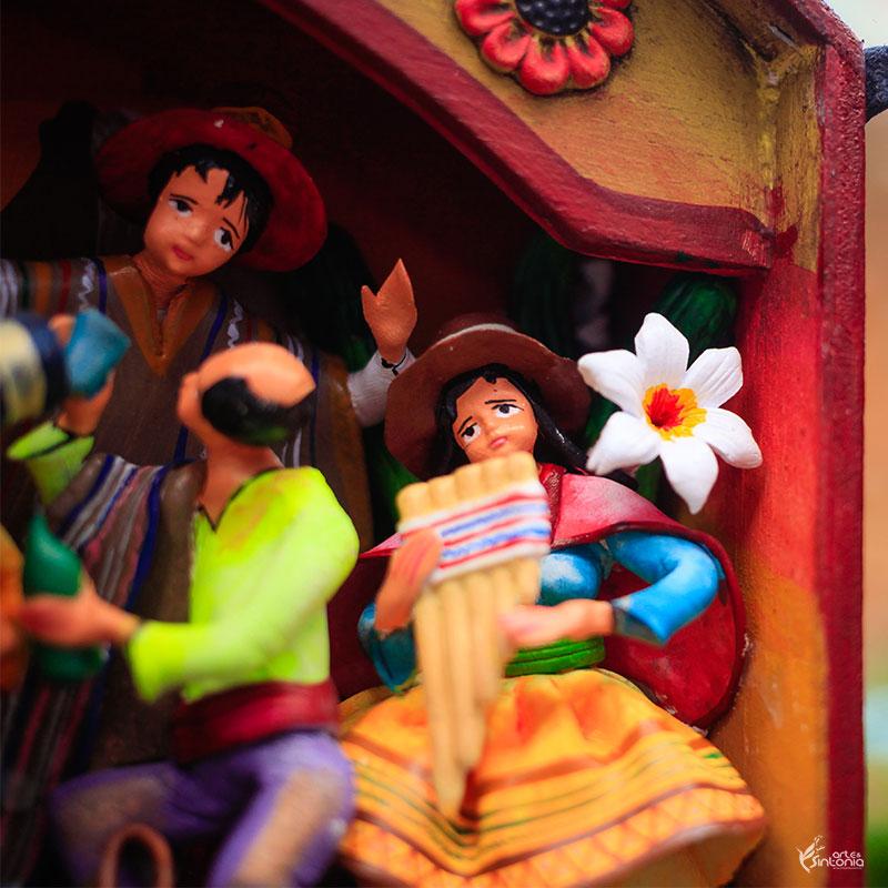 arte-peruana-retabulo-festa-ayacucho-cultura-andina