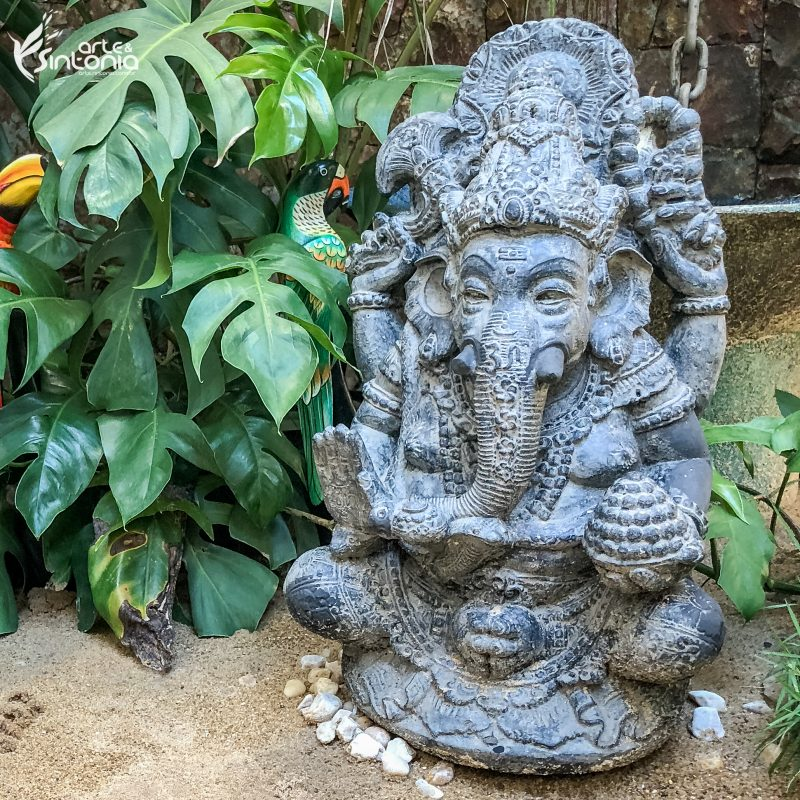 escultura-pedra-deus-elefante-hinduismo-ganesha
