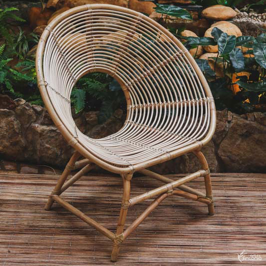 cadeira-area-redonda-trancada-fibra-natural-rattan