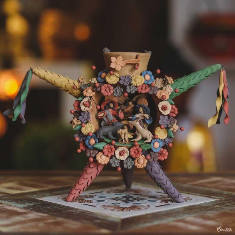 artesanato-barro-colorido-pinhata-mexicana-nacimiento-jesus-natal