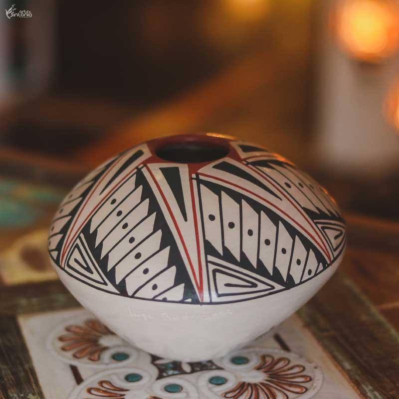 vasinho-ceramica-branca-paquime-chihuahua-mexico